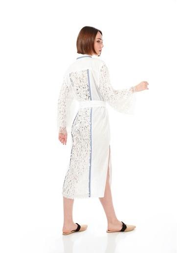 Women&Women Keten Kimono Beyaz Şık Payet İşlemeli Beyaz